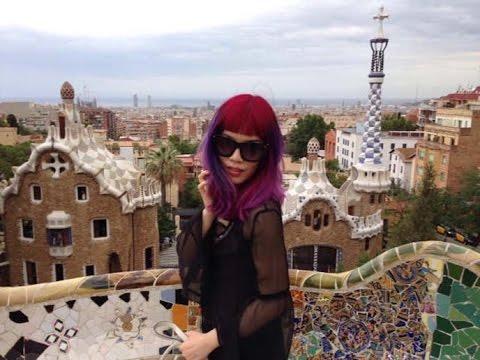 Spain art, culture & fashion: La Carmina travel show. Barcelona Gaudi tour, Granada Alhambra palace