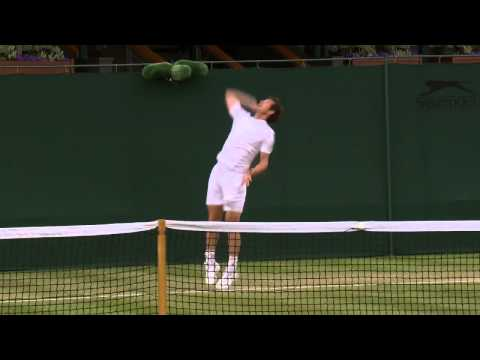 Andy Murray hits the practice court