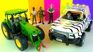 John Deere Farm Tractor 1:32 and Papo Jungle Pickup Truck - Tiger Lion - in English