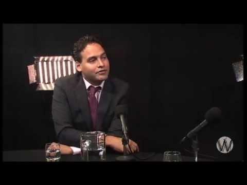 Adjiedj Bakas en Arno Wellens; deel 2, Politiek en Oostblokcriminelen