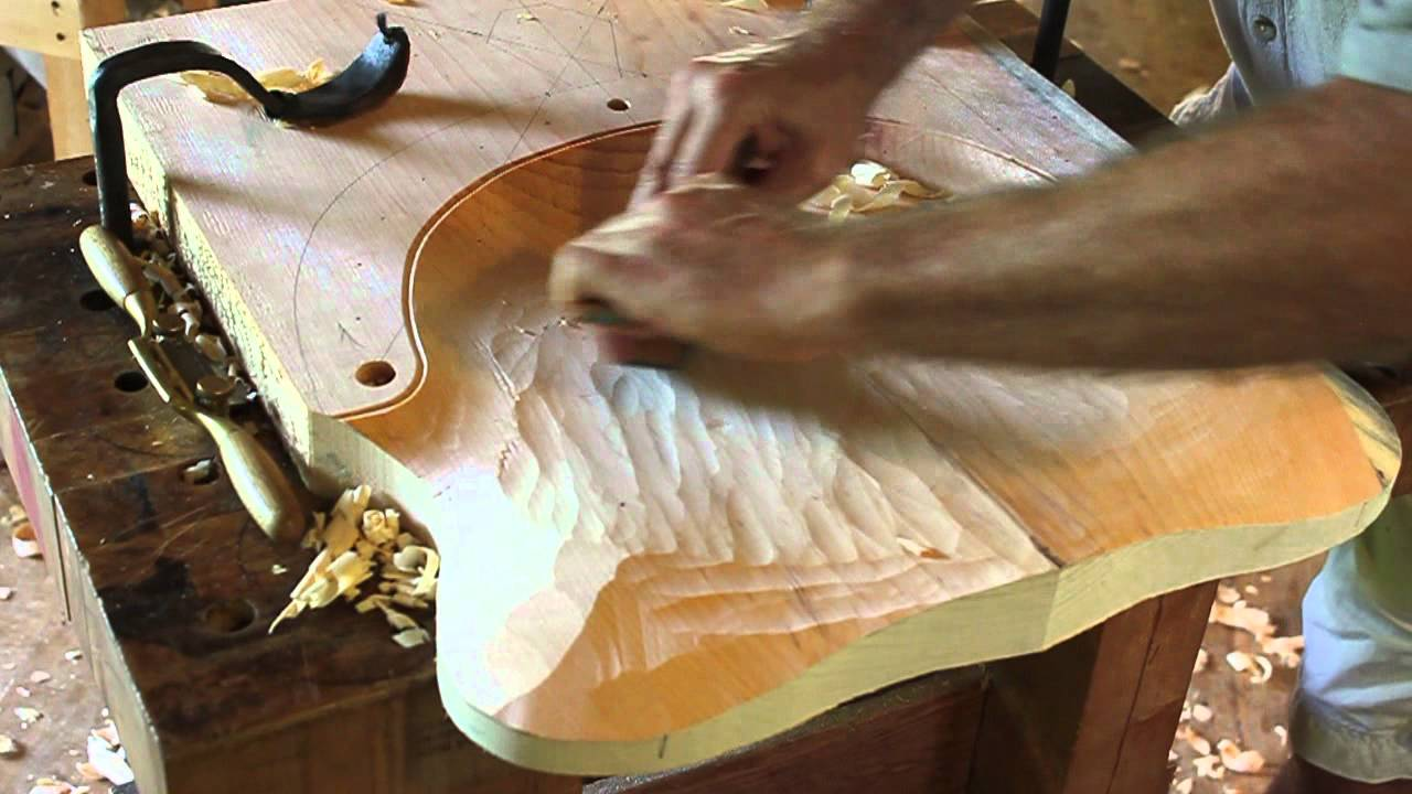 Comb Back Windsor Chair Divani Chateau D Ax Leather Curtis Buchanan -17. Smoothing The Seat With Travisher And Spokeshave - Youtube