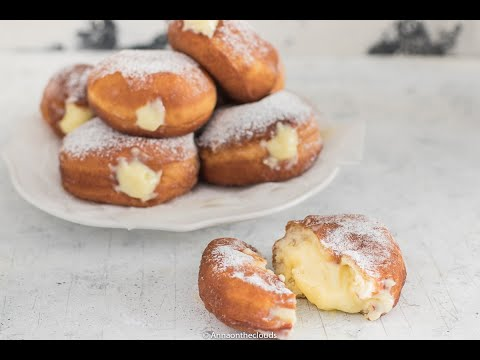 bomboloni-fritti-con-crema-pasticcera-|-anna-ontheclouds