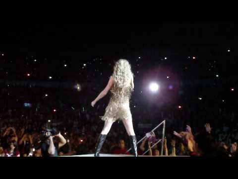 Taylor Swift Live - Sparks Fly Live in Manila