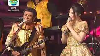Download Lagu PERTEMUAN - RHOMA IRAMA & SONETA feat VIA VALLEN (KONSER RAYA 24 TAHUN INDOSIAR) mp3