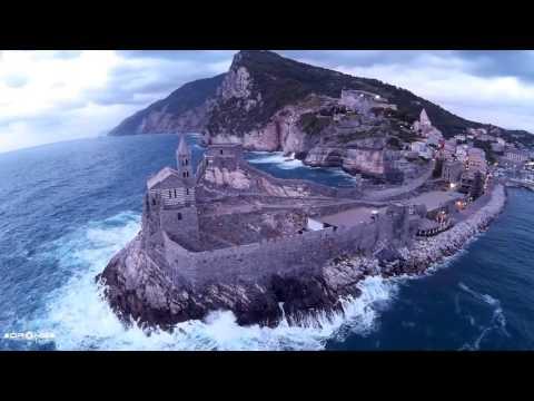 Portovenere vista da un drone - Portovenere Aerial Footage - Wonderful Italian Masterpiece Landscape