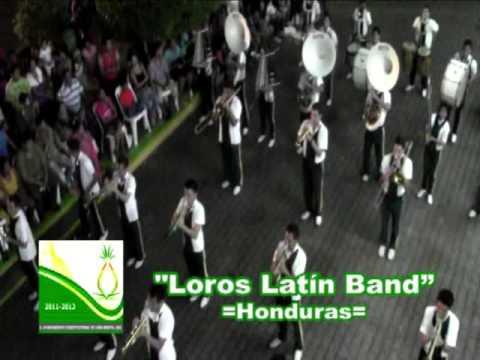 "Grupo ""Loros Latín"