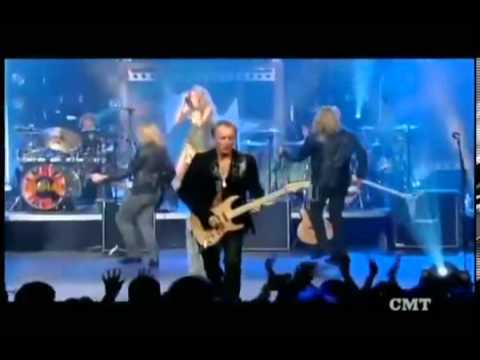 Def Leppard ft.  Taylor Swift -   Photograph