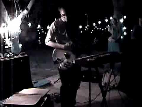 "The Antiques ""Bedsit Bones"" live 2004"