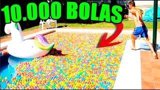 LLENAMOS UNA PISCINA DE 10 METROS CON 10.000 BOLAS! PISCINA DE BOLAS EN UNA PISCINA !!