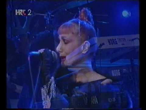 Josipa Lisac Kraljica Divljine Gdje Dunav Ljubi Nebo Live 2001 Youtube