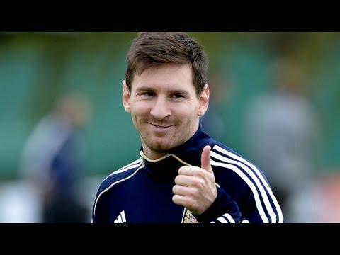 Lionel Messi owns Pablo Zabaleta - AMAZING skills