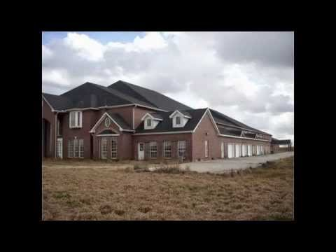 abandoned behemoth with 46 bedrooms is for sale in texas youtube