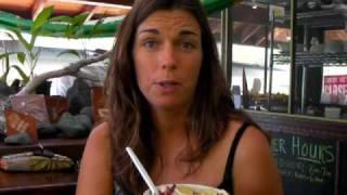 Acai Akamai Smoothie Bar in Kona, Big Island Hawaii with Jennifer Thompson