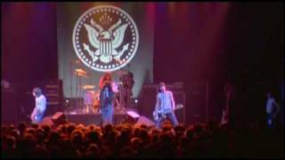 The Ramones - It's Alive (1977) - Now I wanna sniff some glue
