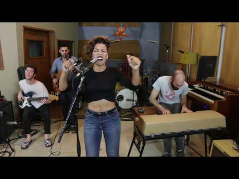 Killing Me Softly - Roberta Flack / The Fugees - FUNK cover
