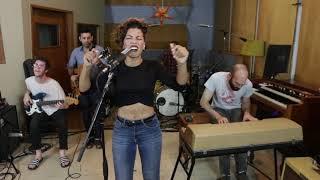 Baixar Killing Me Softly - Roberta Flack / The Fugees - FUNK cover
