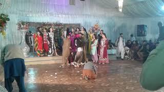 Sab say bara tmash been (Mr.Baber jutt Khara) in khan ky more....