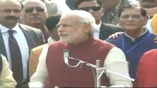 PM Modi reviews Swachh Bharat Abhiyan at Assi Ghat in Varanasi