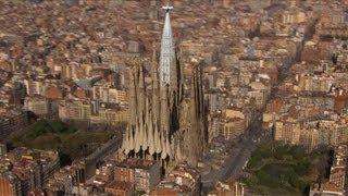 Video de Sagrada Familia terminada(Los responsables de la Sagrada Familia de Barcelona mostraron en un video en tres dimensiones el aspecto del conocido templo diseñado por el arquitecto ..., 2013-10-03T00:23:31.000Z)