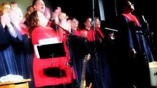 Kathy Kelly & Gospelchor Living Voices ♫ Oh Happy Day ♫