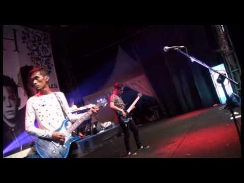 NOAH - Menghapus Jejakmu (Live @Palangka Raya)
