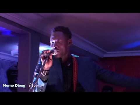 """Direct- Jet Café Momo Dieng  explose la salle avec le son """"Weessu"""" ( Vidéo)"""