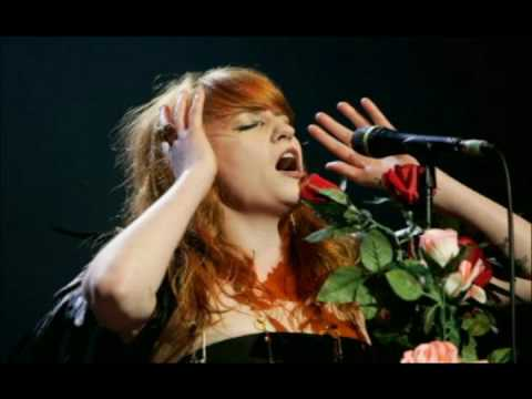 RARE Cosmic Love Acoustic Version  Florence and the Machine