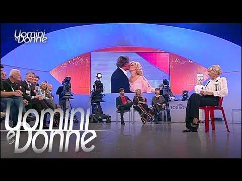 Uomini e Donne, Trono Over - Gemma e i baci di Tina e Giorgio