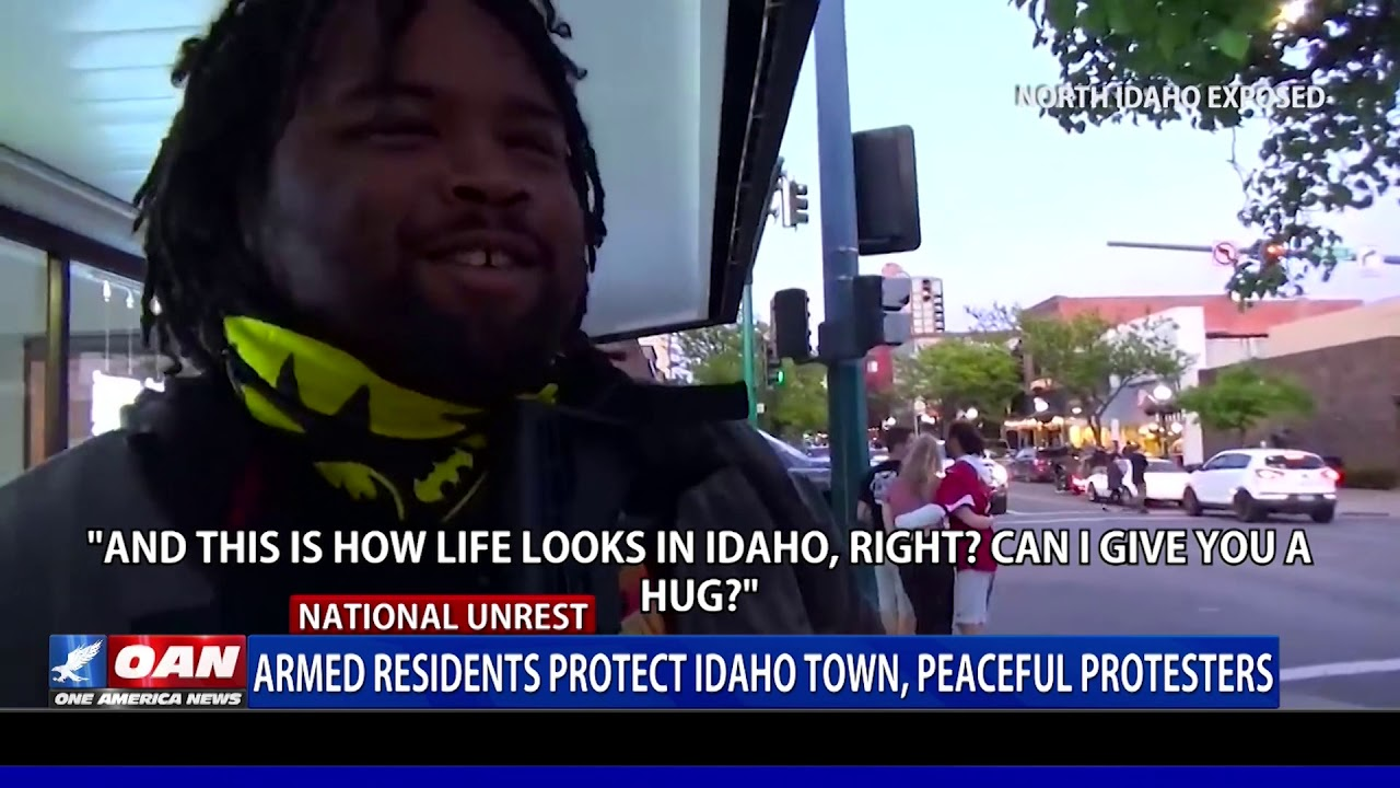 Armed residents protect Idaho town, peaceful protesters