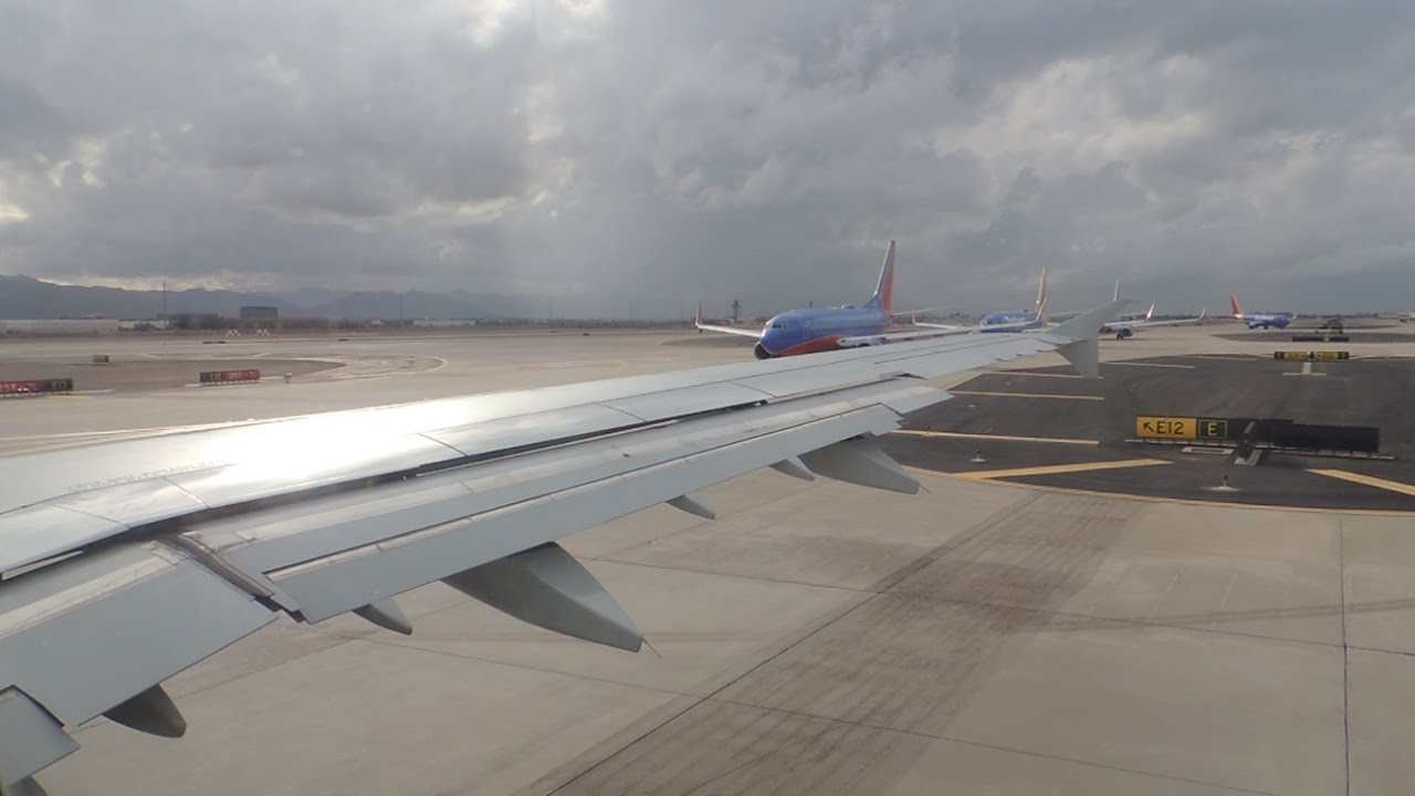 American Airlines Airbus A321-211 [N163US] pushback, taxi, and takeoff from  PHX