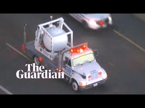 Bomb disposal van leaves Manhattan after suspicious package sent to Robert De Niro
