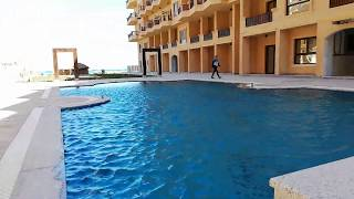 The swimming pool in the middel in Turtles Beach resort Hurghada Holiday Homes In Egypt Under The Su