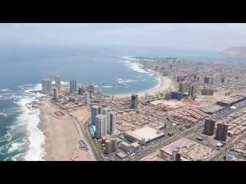 Incredible paragliding footage in Iquique, Chile