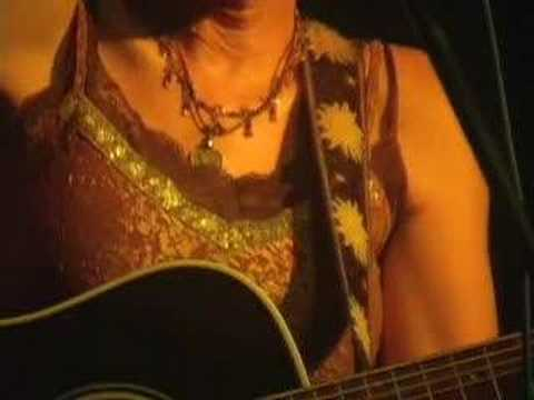 Eliza Gilkyson-Separated and Interview