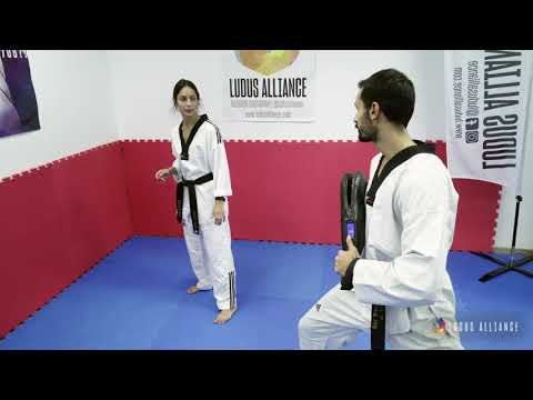 Ludus Alliance - Training Center | Block and Back Punch Combo - Timing (Taekwondo)