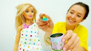 Видео для девочек: Конкурс вокала: у Барби пропал голос!