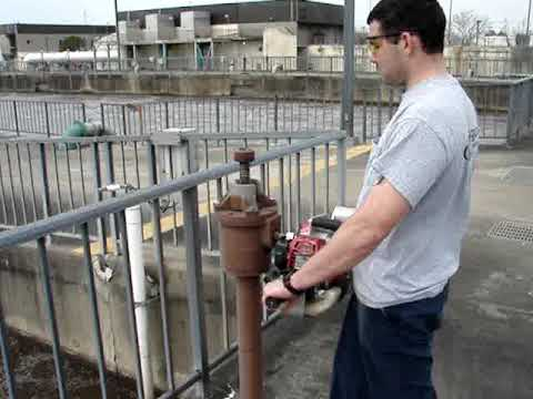 Operating A Sluice Gate Valve With A Valve Boss 70 Youtube