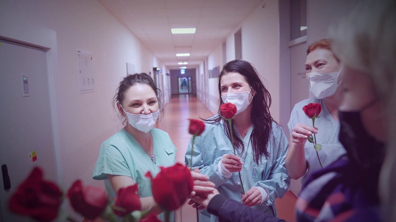 Růže pro první linii