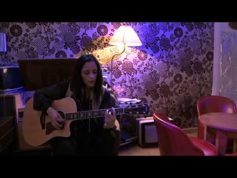 Julieta Venegas - Debajo de mi lengua (Mapa sonoro)