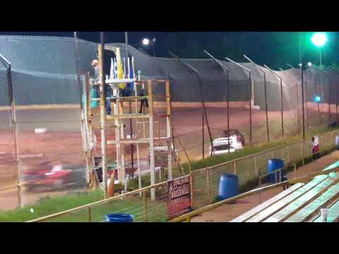 Eco Stock Feature Race @ 105 Speedway 4/14/18