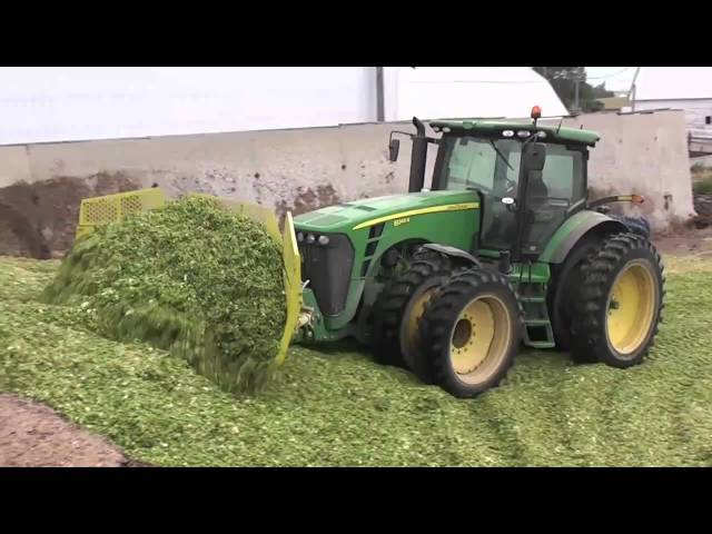 Degelman Speedblade In Silage - Front 3 Point