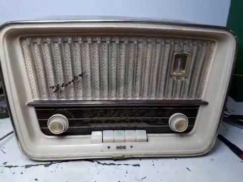 RADIO AEG BIMBY (TELEFUNKEN JUBILATE)