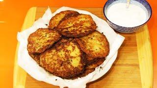 Драники с сыром и тимьяном под сметану.