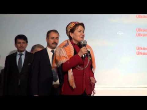 Efe Kıyafeti Giyen Meral Akşener: Türkiye'yi Yönetmeye Geliyoruz