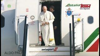 Podróż apostolska Franciszka do Irlandii: Przylot Papieża Franciszka na lotnisko w Dublinie