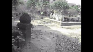Kinh hoàng camera quay được hồn ma cô gái trong nghĩa địa - Ghost girl in the graveyard
