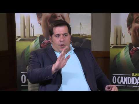 Leandro Hassum Roberto Santucci e Paulo Cursino falam sobre o filme O candidato honesto