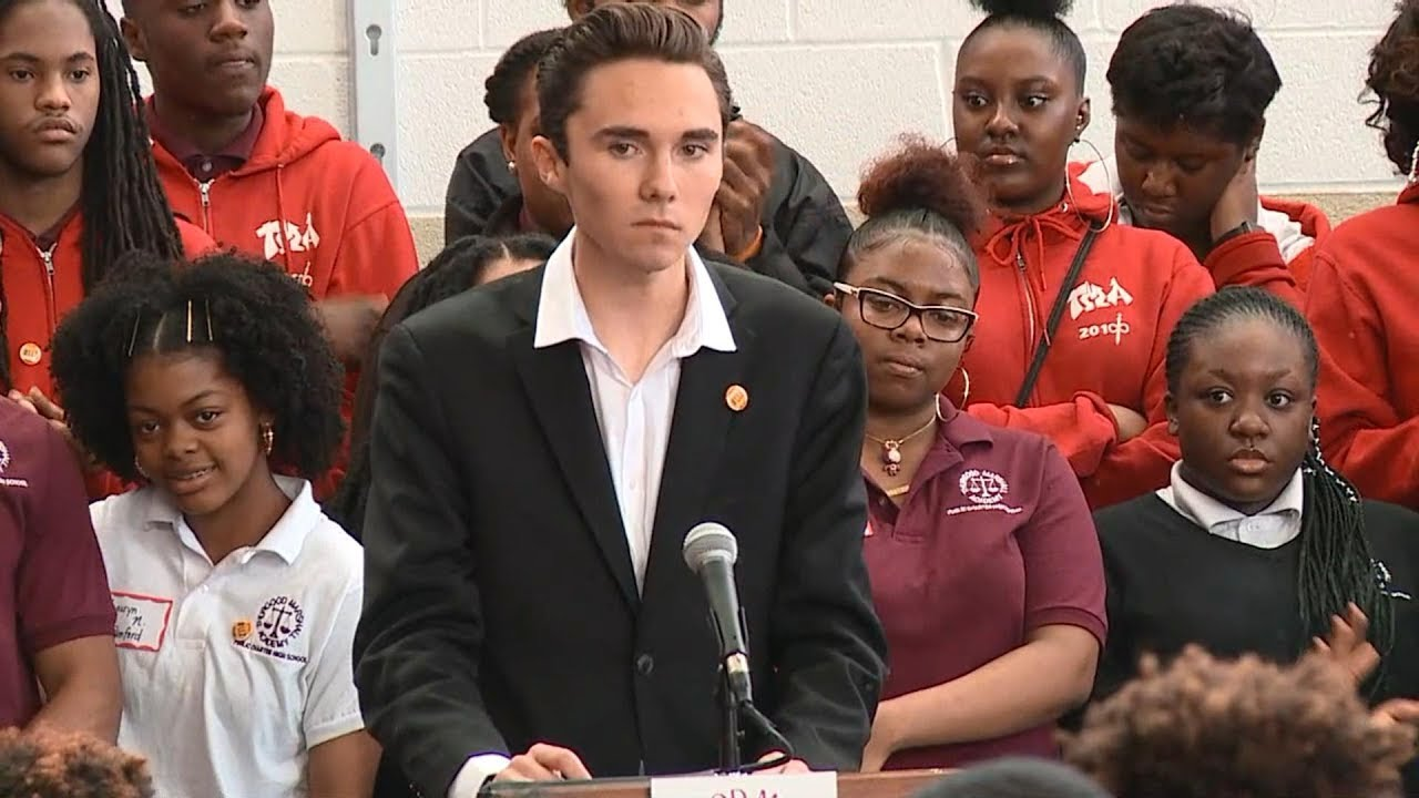 Marjory Stoneman Douglas students attend #NeverAgain rally | ABC News