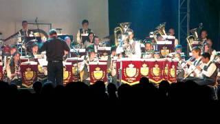 Glenn Van Looy solist op 'de concordiavrienden in concert 2011' spe...