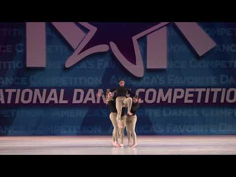 Best Contemporary // ALLY - ENVISION DANCE COMPANY/CENTER STAGE DANCE ACADEMY [Chicago, IL]